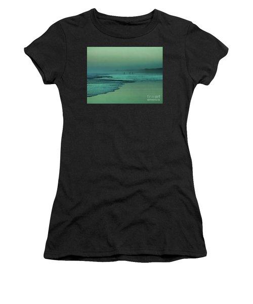 Muawai Sunset Women's T-Shirt (Athletic Fit)