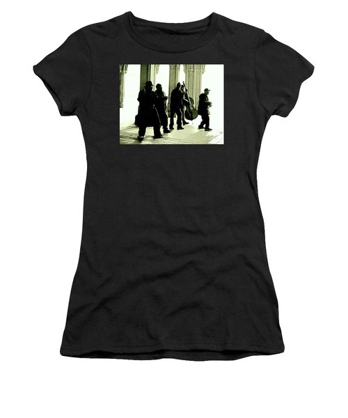Women's T-Shirt (Junior Cut) featuring the photograph Musicians In The Park by Sandy Moulder