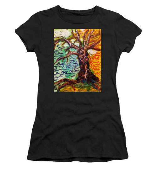 My Treefriend Women's T-Shirt