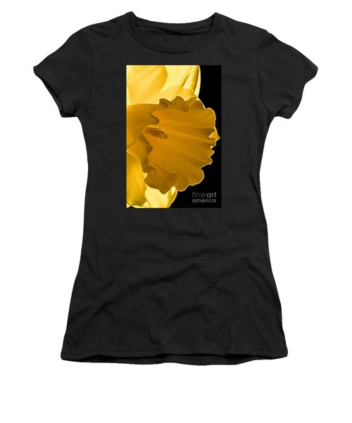10551 Narcissus Gold Medal Women's T-Shirt