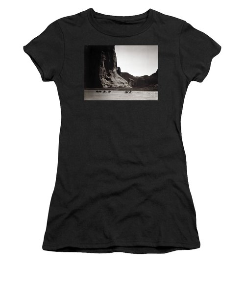 Navajos: Canyon De Chelly, 1904 Women's T-Shirt (Athletic Fit)