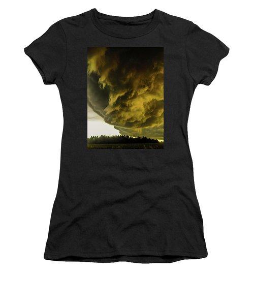 Nebraska Supercell, Arcus, Shelf Cloud, Remastered 018 Women's T-Shirt