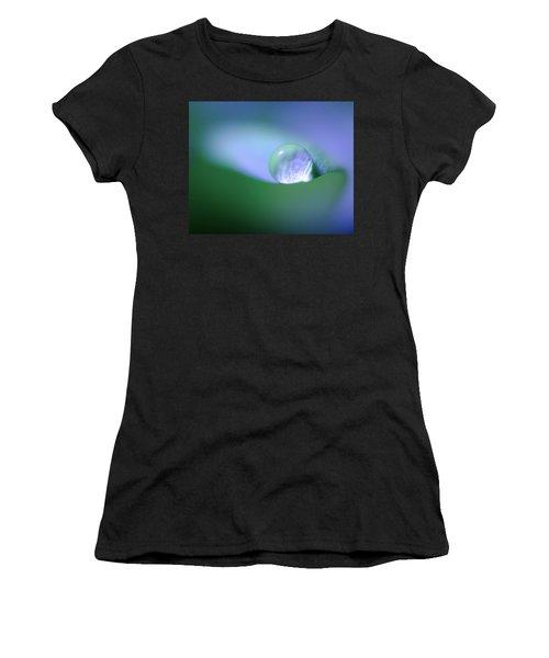 Nestled Women's T-Shirt