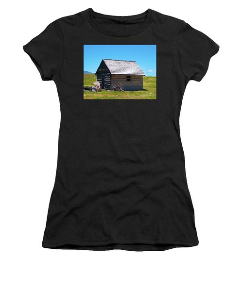 Nevada Homestead Women's T-Shirt (Athletic Fit)