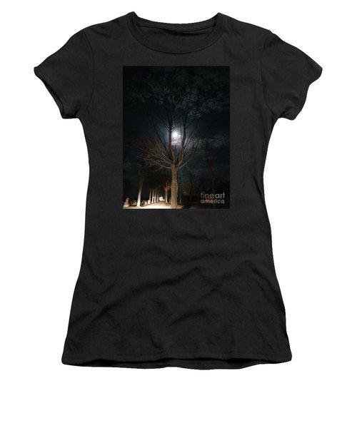 Night At The Graveyard Women's T-Shirt