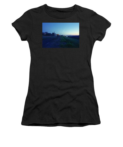Night Moves On The Mississippi Women's T-Shirt (Athletic Fit)