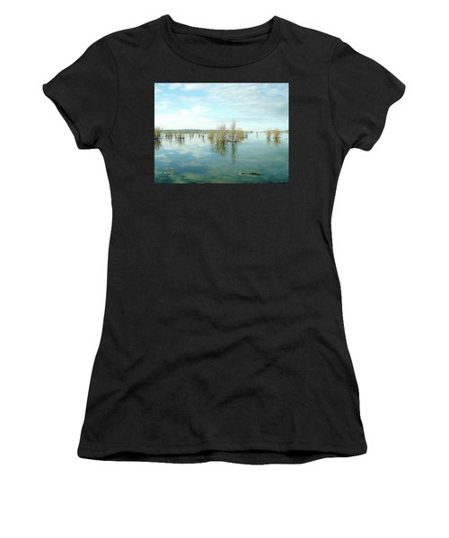 Nisqually High Tide Women's T-Shirt (Athletic Fit)