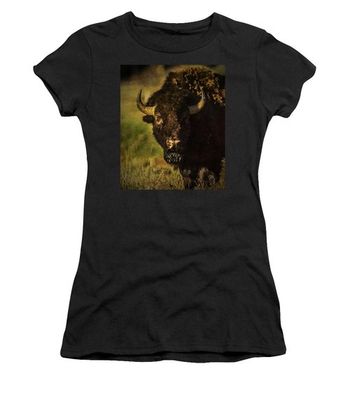 North American Buffalo Women's T-Shirt (Athletic Fit)