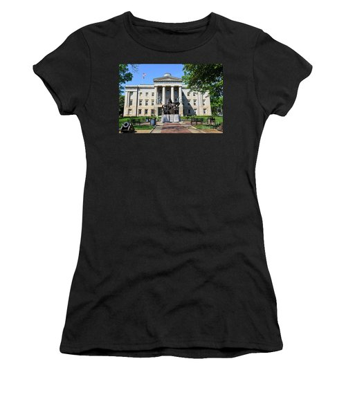 North Carolina State Capitol Building With Statue Women's T-Shirt