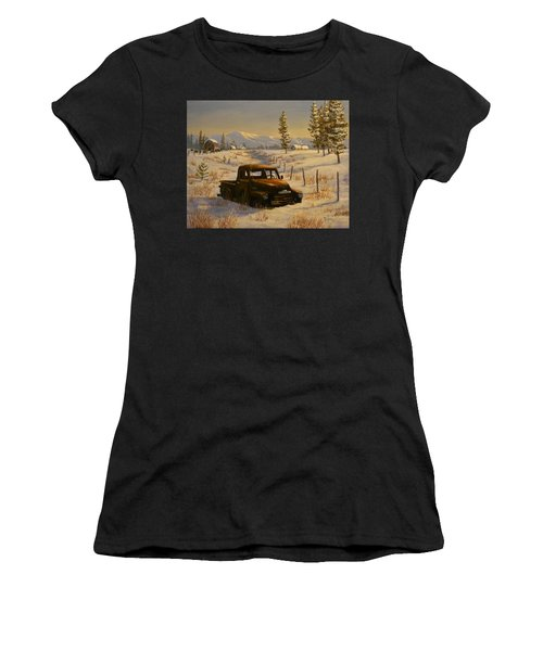North Idaho Yard Art Women's T-Shirt (Athletic Fit)