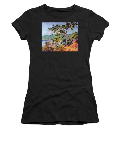 North View Women's T-Shirt (Athletic Fit)