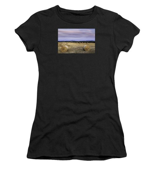 Northern Lakeland View Women's T-Shirt (Athletic Fit)