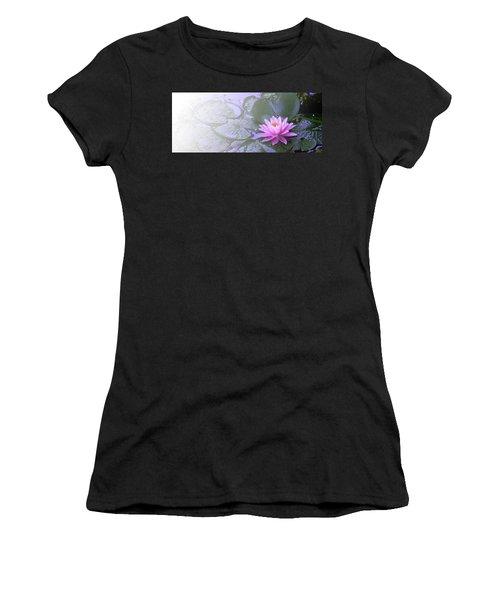 Nz Lily Women's T-Shirt