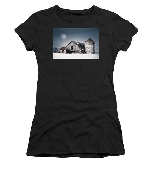 Old Barn And Winter Moon - Snowy Rustic Landscape Women's T-Shirt