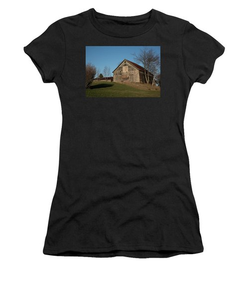 Old Barn On A Hill Women's T-Shirt (Athletic Fit)