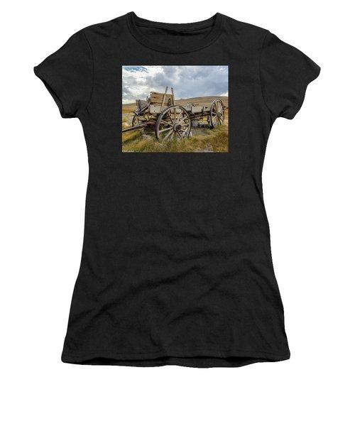 Old Buckboard Wagon Women's T-Shirt