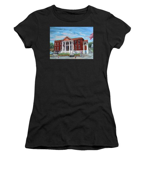 Old Courthouse In Ellijay Ga - Gilmer County Courthouse Women's T-Shirt