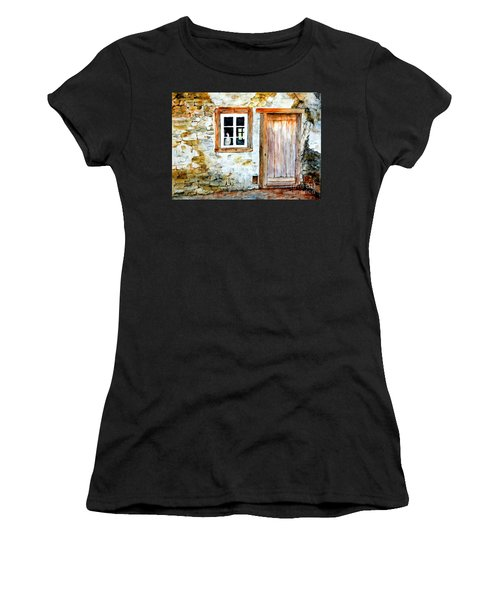 Old Farm House Women's T-Shirt