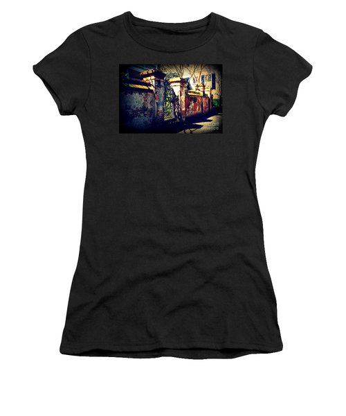 Old Iron Gate In Charleston Sc Women's T-Shirt
