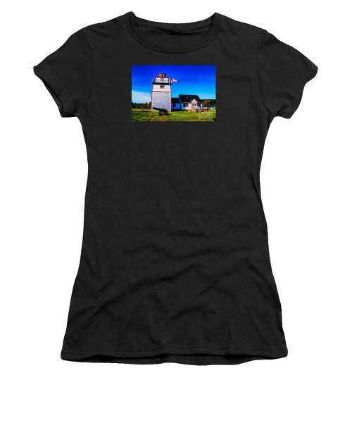 Old Lighthouse Women's T-Shirt (Athletic Fit)