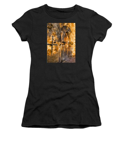 Old Mission Cross Women's T-Shirt (Athletic Fit)