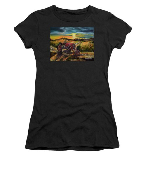 Old Red At Sunset - Tractor Women's T-Shirt