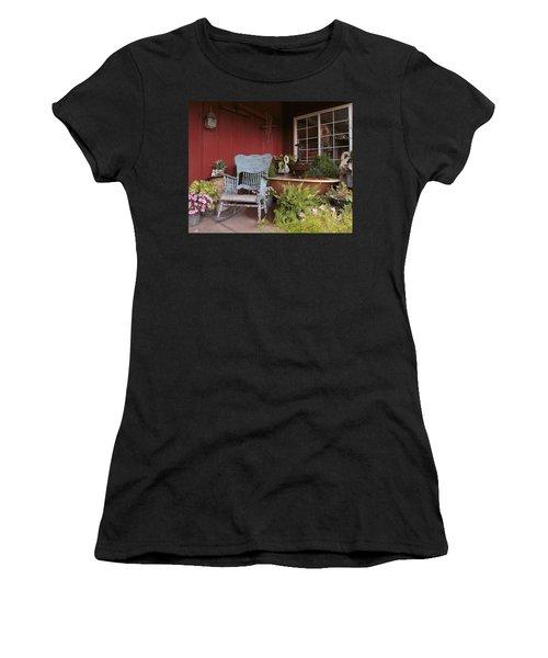 Old Rockin' Chair Women's T-Shirt