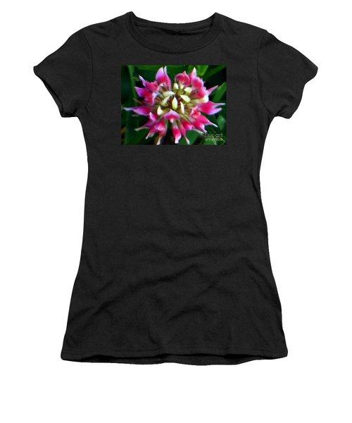 Old Rose Explosive Wildflower Women's T-Shirt