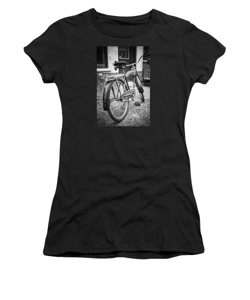 Old Wheels Women's T-Shirt (Athletic Fit)