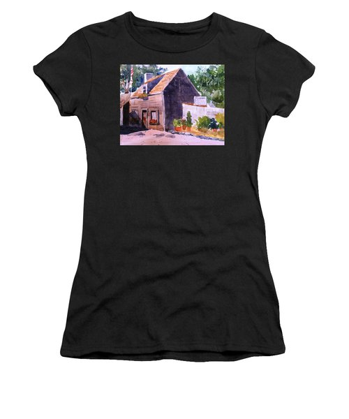 Old Wooden School House Women's T-Shirt (Athletic Fit)