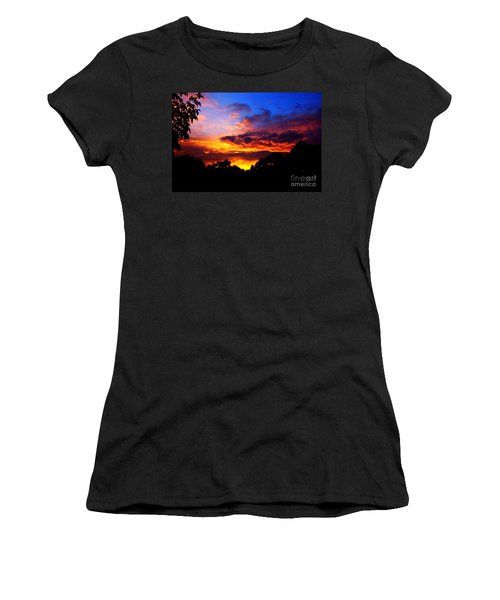 Ominous Sunset Women's T-Shirt (Athletic Fit)