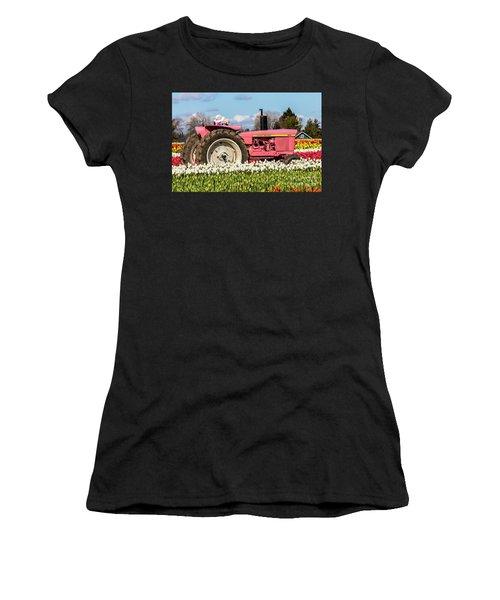 On The Field Of Beauty Women's T-Shirt