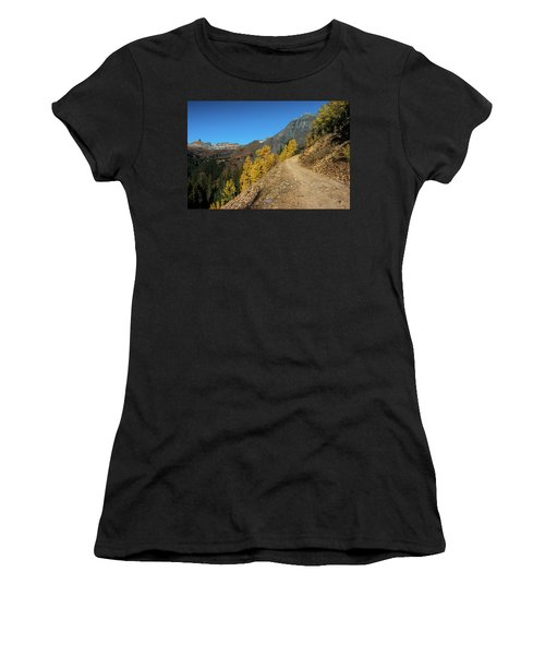 On The Way To Clear Lake In Co - 0056 Women's T-Shirt (Athletic Fit)