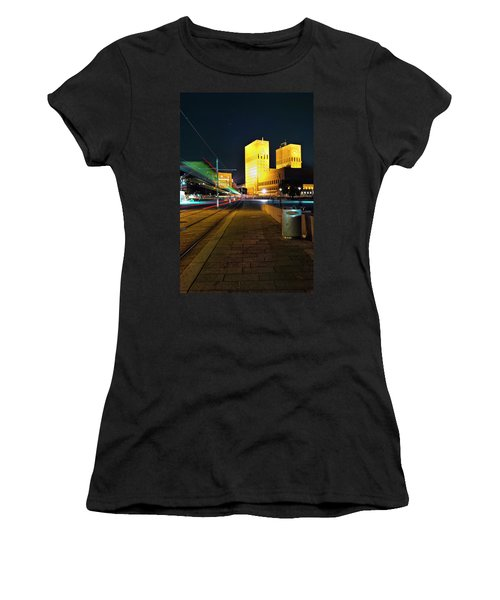 Oslo Town Hall Women's T-Shirt (Athletic Fit)