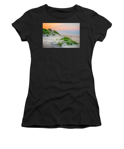 Outer Banks Soft Dune Sunrise Women's T-Shirt (Athletic Fit)