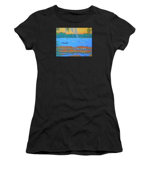 Overnight In Beaufort Women's T-Shirt (Athletic Fit)