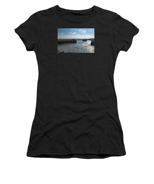 Padstow Harbour Women's T-Shirt (Athletic Fit)