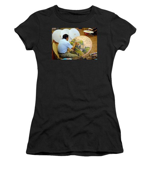 Painting Chinese Oil-paper Umbrellas Women's T-Shirt (Athletic Fit)