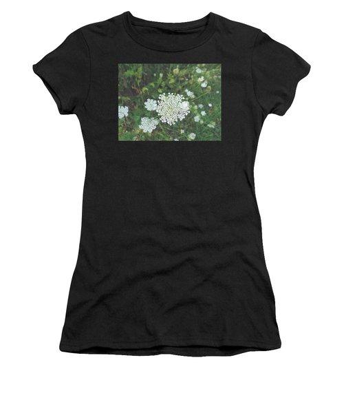 Pale Queen Women's T-Shirt (Athletic Fit)