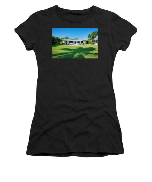 Palm Back Yard Women's T-Shirt