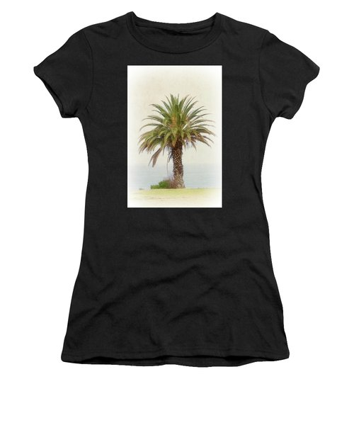 Palm Tree In Coastal California In A Retro Style Women's T-Shirt (Athletic Fit)