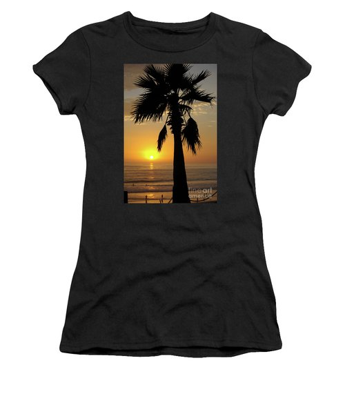 Palm Tree Sunset Women's T-Shirt (Athletic Fit)