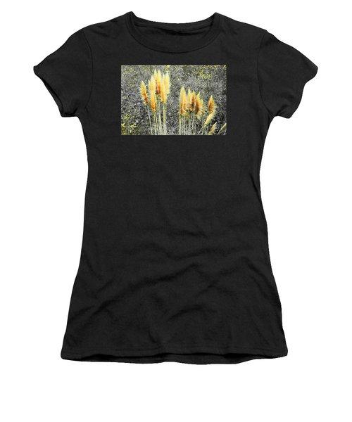 Pampas Women's T-Shirt (Athletic Fit)