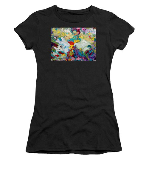 Passing By Women's T-Shirt