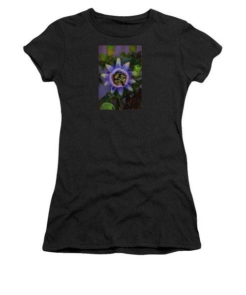 Passion Flower Women's T-Shirt (Athletic Fit)