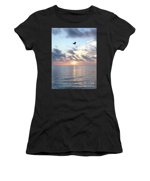 Pelican Dawn Women's T-Shirt (Athletic Fit)