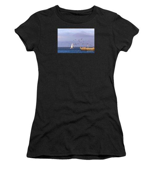 Pelicans Pelicans Women's T-Shirt