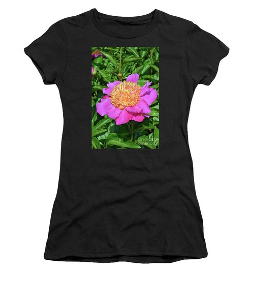 Peony 10 Women's T-Shirt (Athletic Fit)