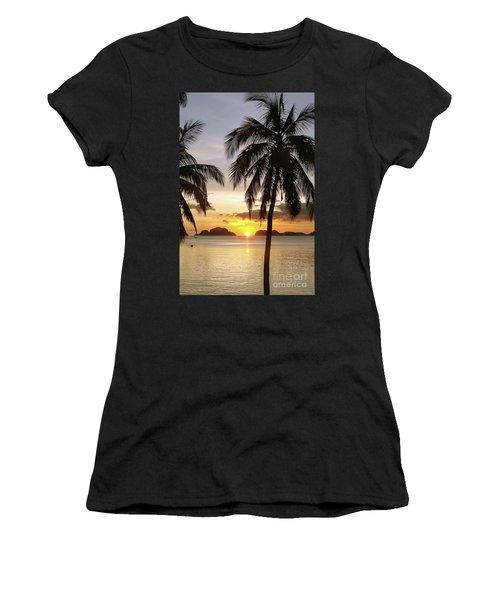 Perfect Evening - Vertical Women's T-Shirt