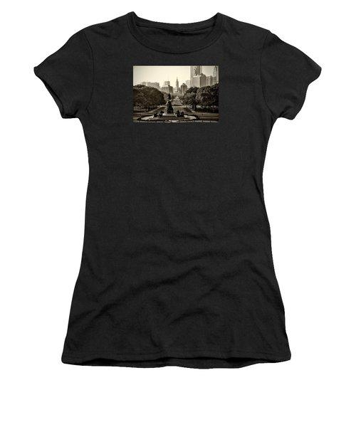 Philadelphia Benjamin Franklin Parkway In Sepia Women's T-Shirt